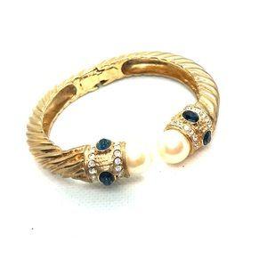 Gorgeous VTG Renaissance Bracelet